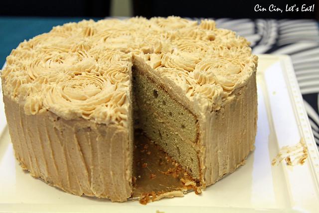 matcha chestnut cake_cut