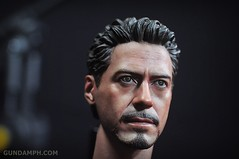 Hot Toys Iron Man 2 - Suit-Up Gantry with Mk IV Review MMS160 Unboxing - day1 (21)