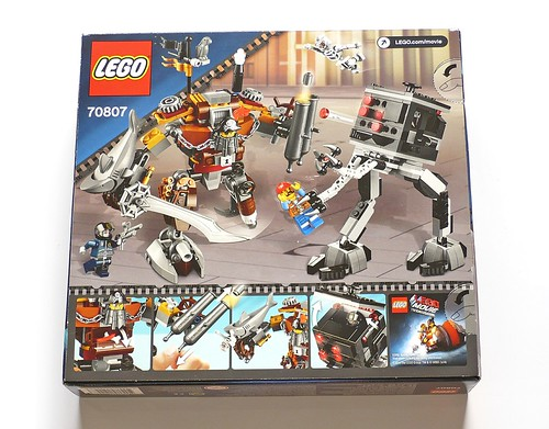 LEGO The Movie 70807 MetalBeard's Duel box02