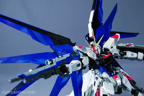 Metal Build Freedom Gundam Prism Coating Ver. Review Tamashii Nation 2012 (45)