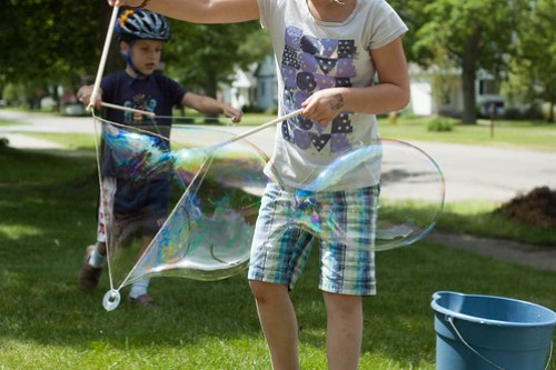 GIANT bubbles.
