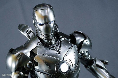 Hot Toys Iron Man 2 - Mk II Armor Unleashed Ver. Review MMS150 Unboxing (78)