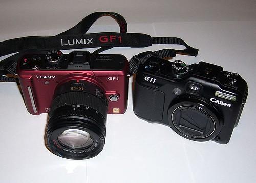 800px-Panasonic_Lumix_DMC-GF1_and_Canon_PowerShot_G11