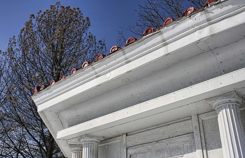 Delaware's Octagon Filling Station photo copyright Jen Baker/Liberty Images; all rights reserved. Pinning to this page is okay.