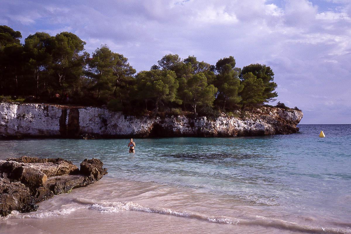 Una cala en la costa menorquina