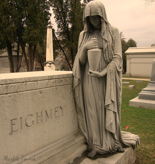 Eighmey figure-Linwood Cem.JPG