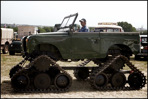 Cuthbertson tracked Land Rover by Davidap2009