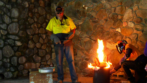 2013 Jun 2 Gold Pouring Kilkivan 05