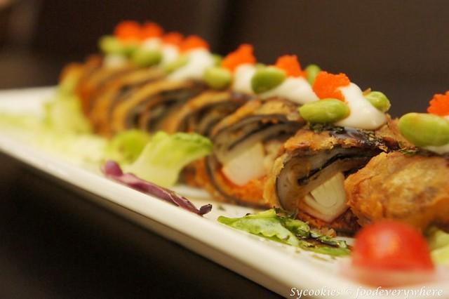 7.California Unagi Rice Noodle Roll-