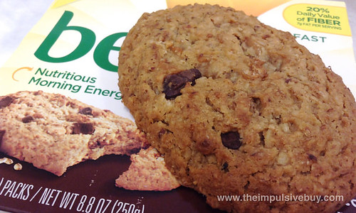 Nabisco Oats & Chocolate belVita Soft Baked Breakfast Biscuits Closeup