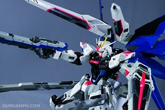 Metal Build Freedom Gundam Prism Coating Ver. Review Tamashii Nation 2012 (84)