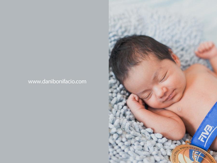 danibonifacio-book-ensaio-fotografia-familia-acompanhamento-bebe-estudio-externo-newborn-gestante-gravida-infantil70