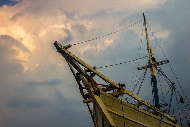 Sail under the sky
