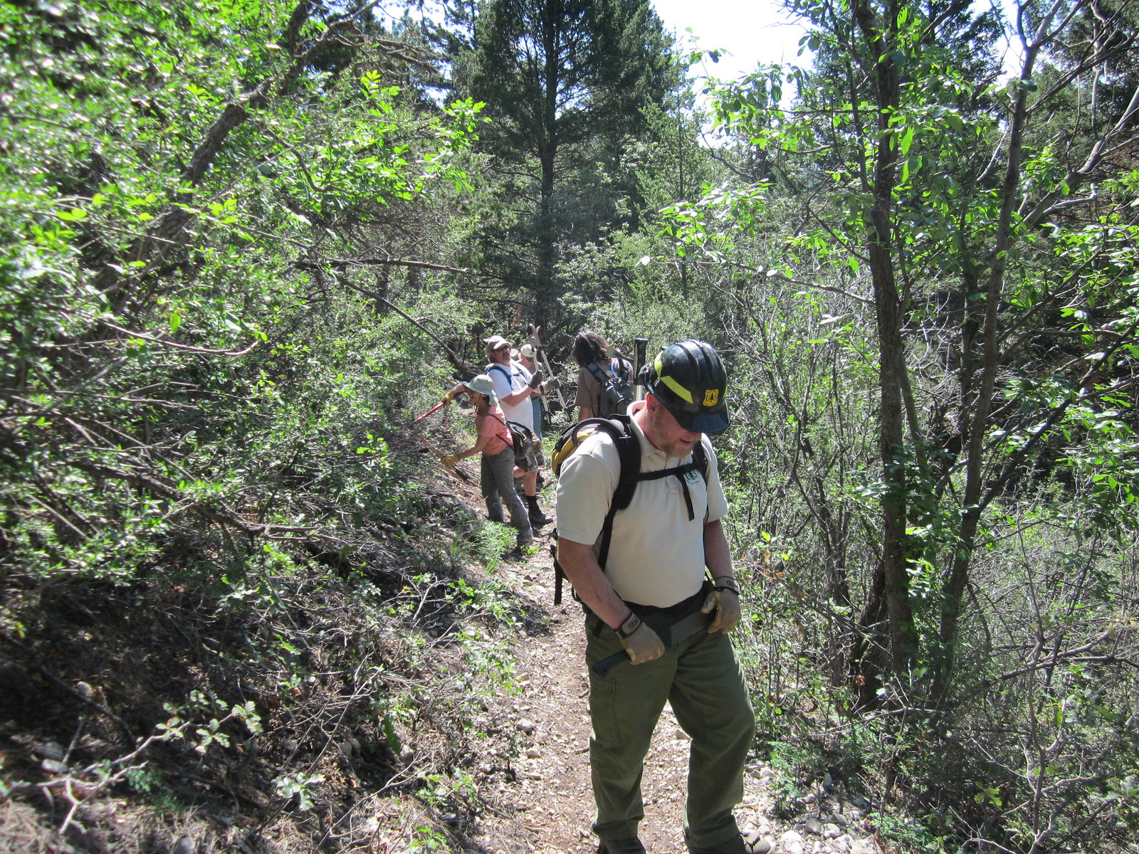 New Mexico Rails-to-Trails volunteer on the Rim trail