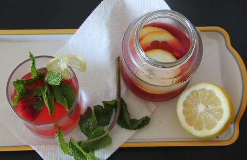 Rhubarb Strawberry Lemonade