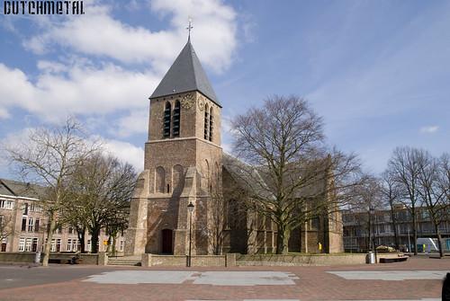 Spijkenisse Dorpskerk, Church