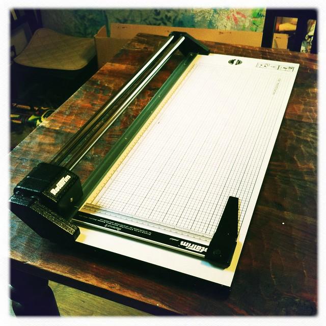 Ronda the Paper Cutter!