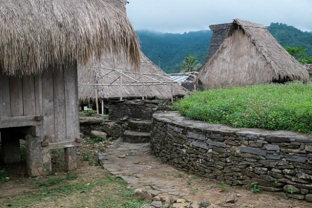 Traditional houses. Moni