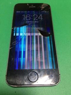 108_iPhone5Sのフロントパネル液晶割れ