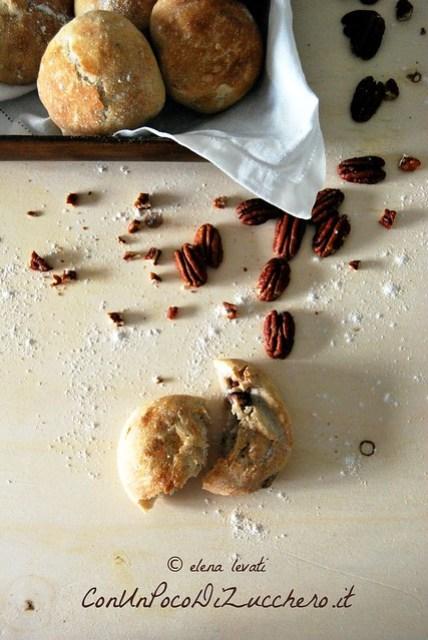 Panini alle noci pecan e miele - honey and pecans small bread