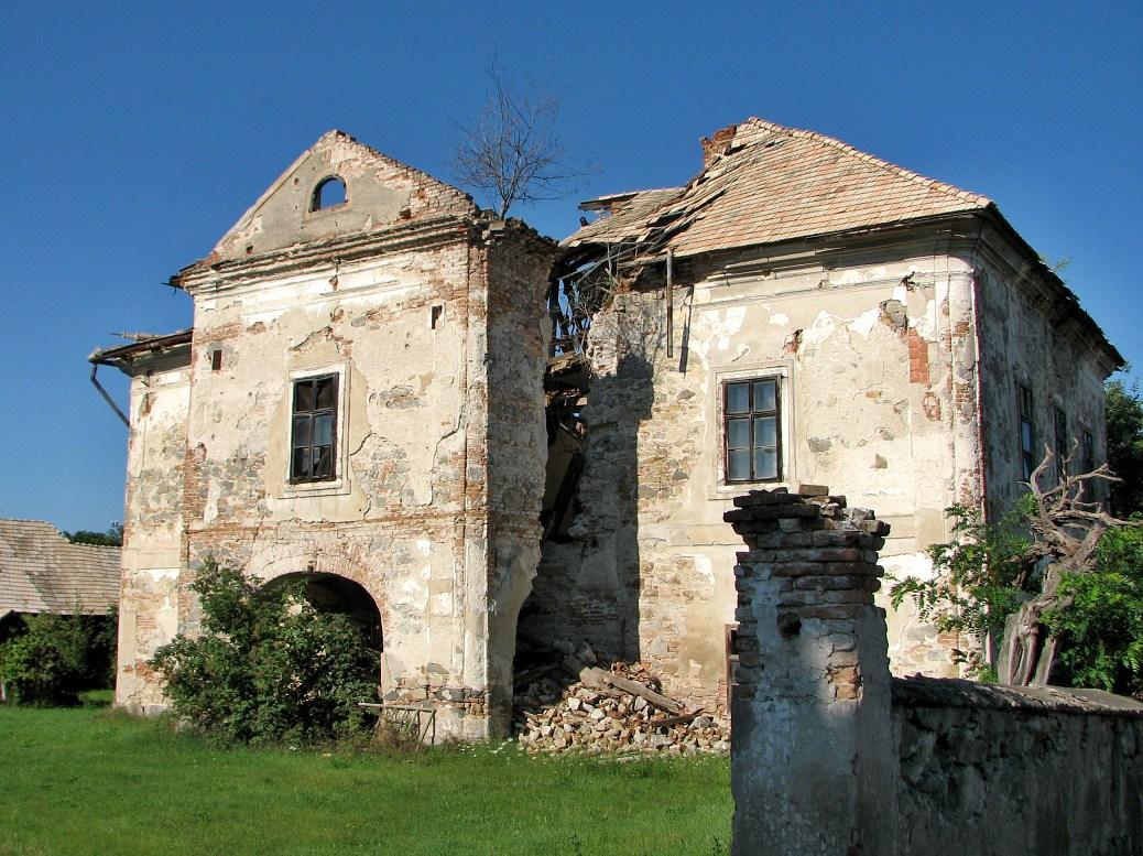 Kaštieľ dnes (stav z r. 2012)