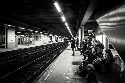 Le train aura un peu de retard… - Gare de Namur - Photo : Gilderic