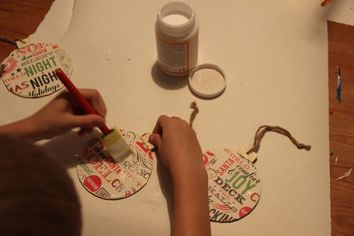 Advent Day 2 - Make Ornaments