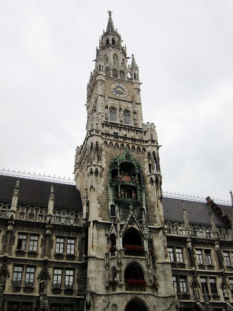 Rathaus-Glockenspiel tower.
