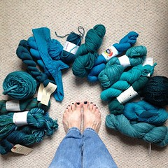 Teal toes (Essie go overboard) & my teal yarn, ready for #tealtember #ovariancancerawareness #tealtoes