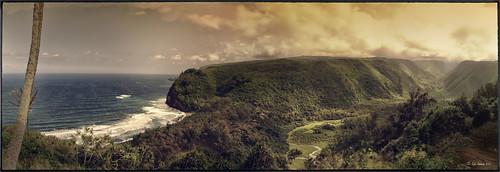 5 image panorama of Pololu Valley on the Big Island in Hawaii