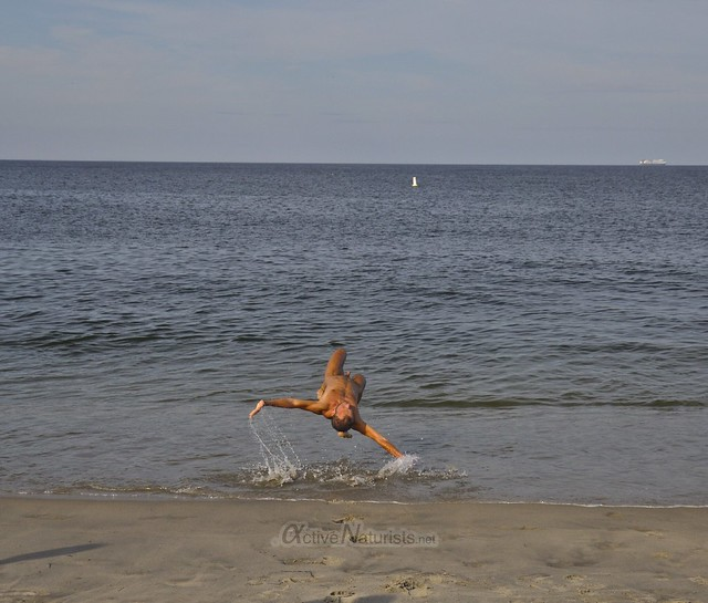 naturist 0001 gymnastics @ Gunnison Beach, Sandy Hook, NJ, USA