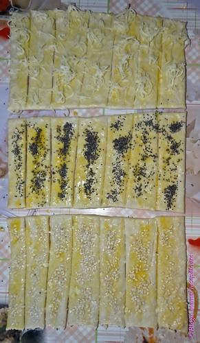 Reţete în imagini – sărăţele cu aluat din brânză