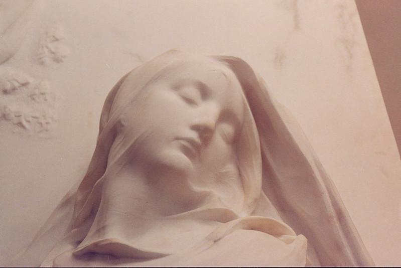 paris_dorsay_marble_veil