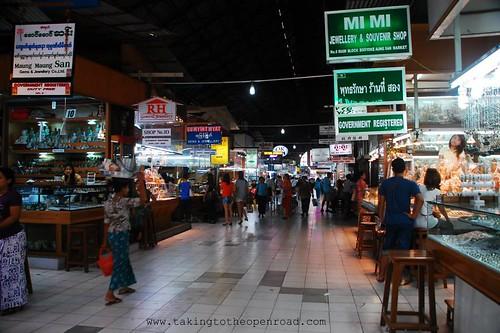 3 days in Yangon Bogyoke Market