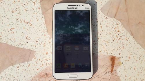 ด้านหน้าของ Samsung Galaxy Grand 2