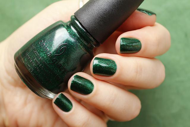 05 China Glaze Emerald Sparkle swatches