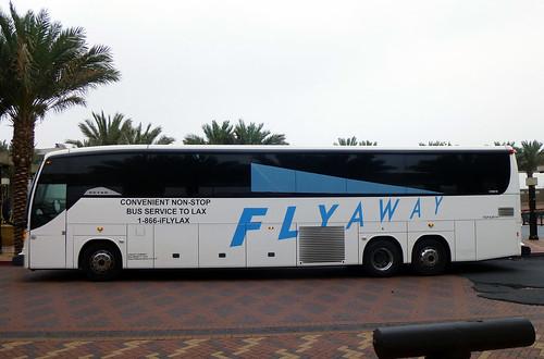 LAX FLYAWAY 1256010 Patsaouras Transit Plaza