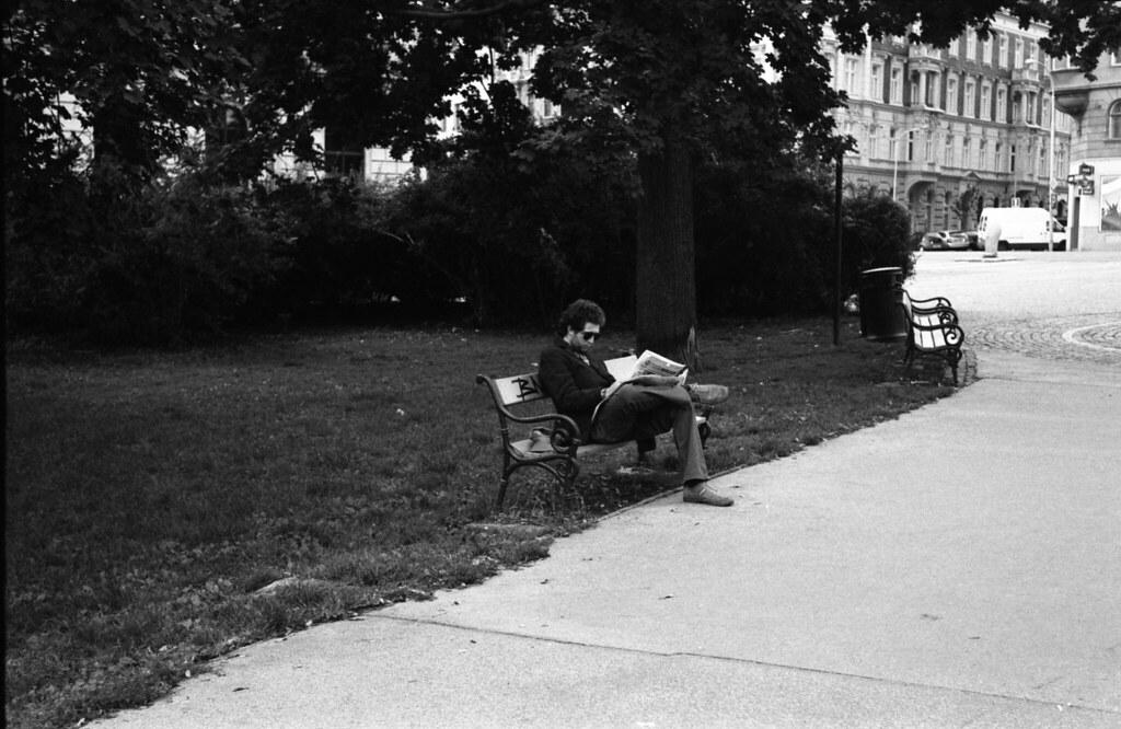 Kiev 4 - New Scan - Reader on the Bench