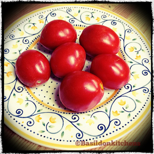 Sep 6 - something round {tomatoes from my garden} #photoaday #tomatoes #harvest #garden #red