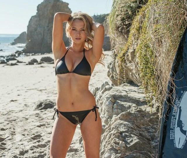Sexy Girls Nikon D Photos Of Pretty Swimsuit Bikini Model With   Mm Vr F