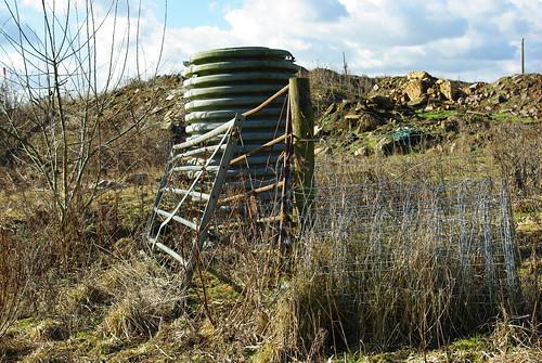 20120219-16_Rubbish Dump - Clifton Lakes by gary.hadden