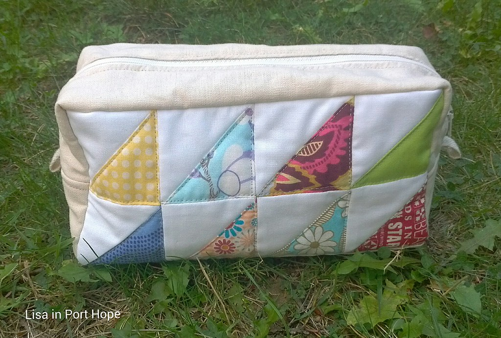 Triangle patchwork pouch adjusted to use
