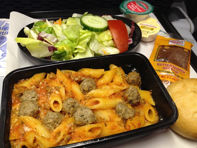 Penne pasta with meatballs - United Airlines