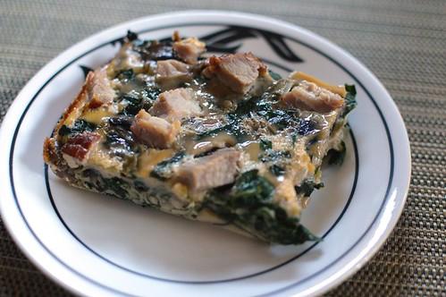 Crustless ham, mushroom & spinach quiche