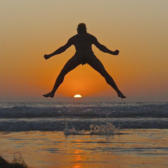 naturist 0004 Blacks Beach, San Diego, CA, USA