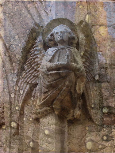TT-stone-angel-hope-w