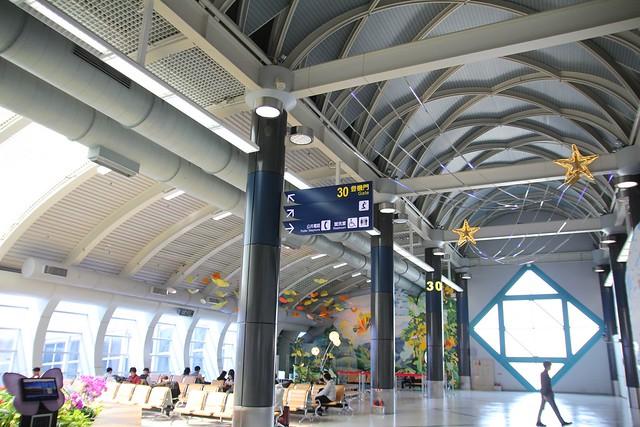 小港國際機場候機室登機門