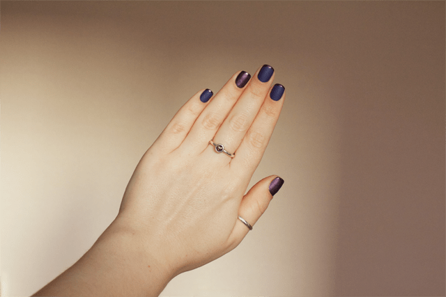 04-matte-french-manicure-china-glaze-queen-b+-rendezvous-with-you