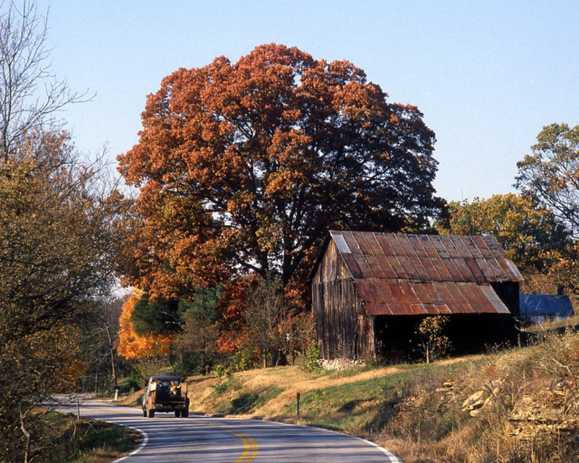 Bald Knob Road (U.S. Route 421) - a few miles north of Frankfort, Kentucky U.S.A. - October 1987 - Credit: Kentucky Photo File on Flickr
