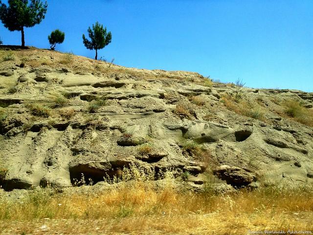 Rocks en Route to Amedy
